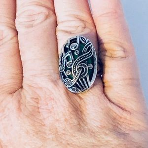 Music Lover's Green Silver Ring 8